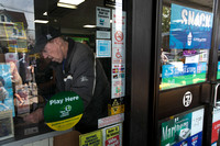 Lottery director discusses record-breaking $429.6 M Powerball at