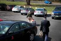 Politicians pitch in with Meals on Wheels