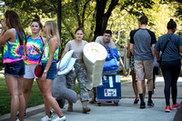 TCNJ first year students move in 2016
