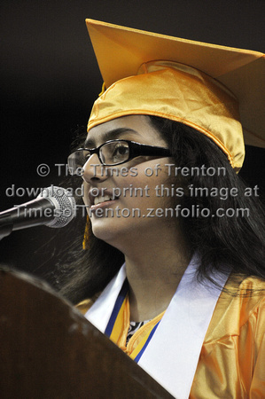 NottinghamHighSchoolGraduation13