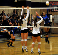 ND-WWPNGirlsVolleyball05