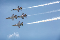 Air Force Thunderbird F-16's dazzle in advance of Air Show